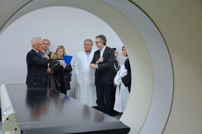 Radioterapia su pazienti obesi e con protesi, speciale macchinario a Torrette  Cronache Ancona