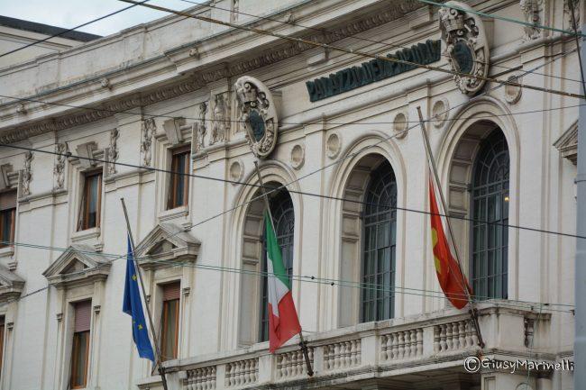 Ufficio Lavoro Ancona Orari : Esce dall ufficio del comune per scommettere sulle partite