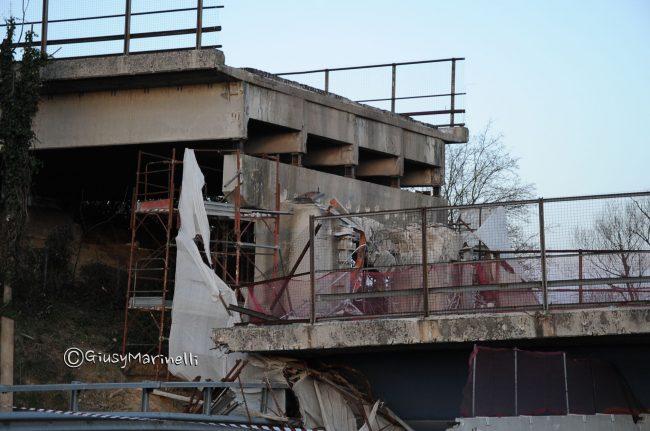 DSC_2292-crollo_ponte-A14--650x431