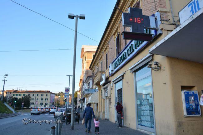 Farmacia del Piano chiusa per ferie Federfarma riorganizza i turni ...