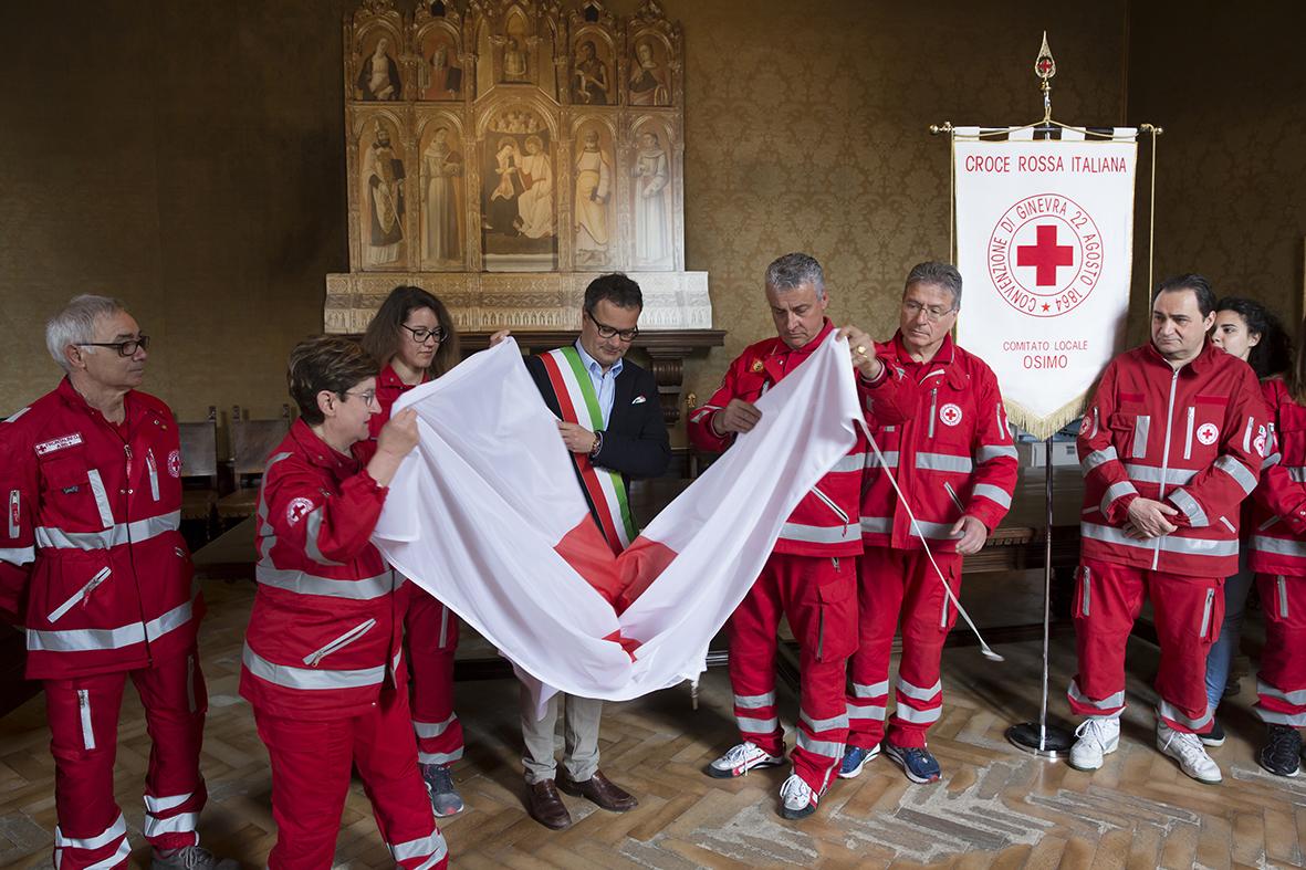 Una giornata con i volontari della Croce rossa