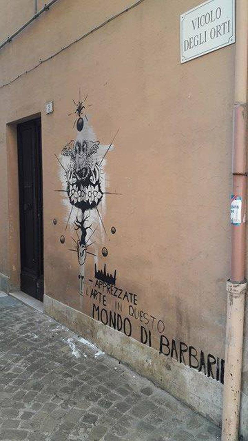 Graffiti e scritte con lo spray sul muro di un 39 abitazione - Disegnare sul muro di casa ...