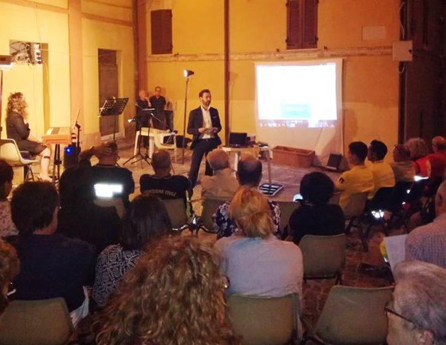 Il sindaco di Agugliano, all'evento per non dimenticare il terremoto di un anno fa