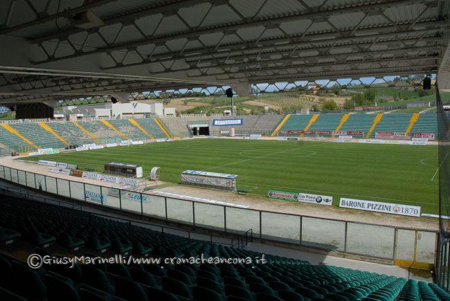 Stadio_del_Conero-DSC_0418-650x435