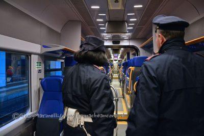 controlli_polfer-treni-stazione_Ancona-DSC_0548-400x267