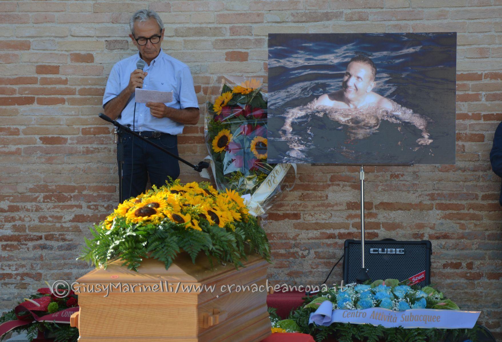 funerali_Raoul_Chiucconi-incidente_Camerano-DSC_0010-fratello