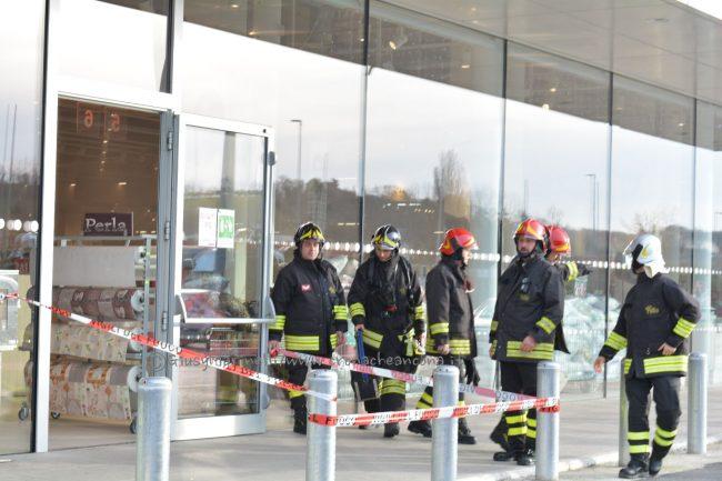 Antincendio Scatta Cronache Ancona L'allarme Globo Evacuato Rppsrg Il NPwZnkX80O