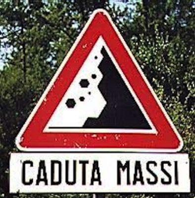 Caduta Massi Chiude La Strada Di Frasassi Cronache Ancona