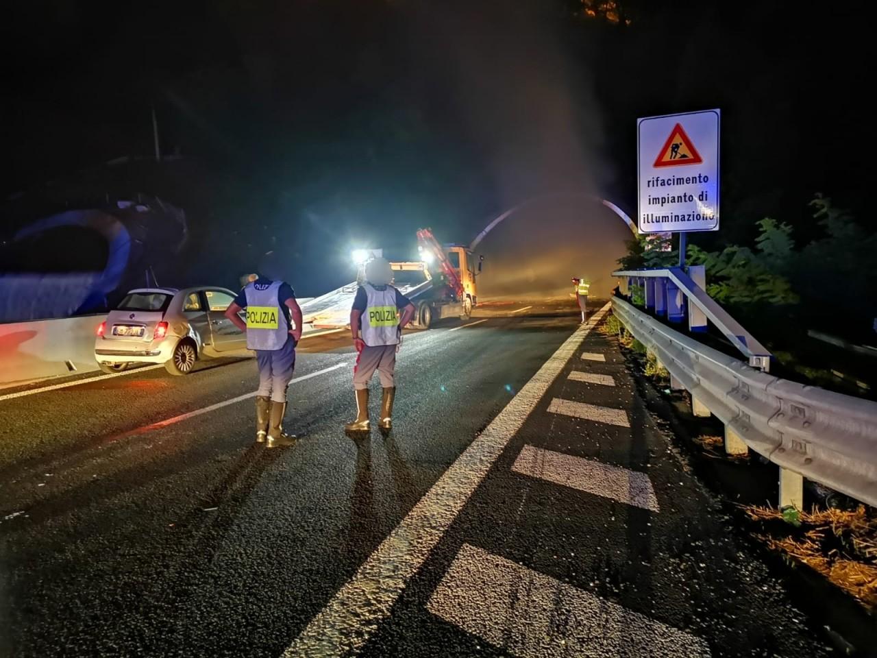 polizia-autostradale-incendio
