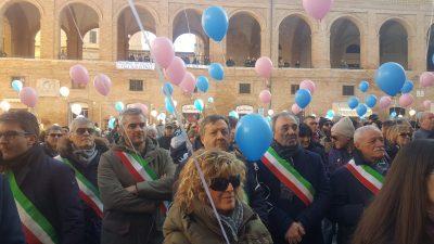 manifestazione_punto_nascita_fabriano_foto_monia_orazi-13-400x225