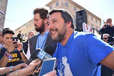 Salvini-Osimo-DSC_0330-Alberto_Maria_Alessandrini-Matteo_Salvini--400x267