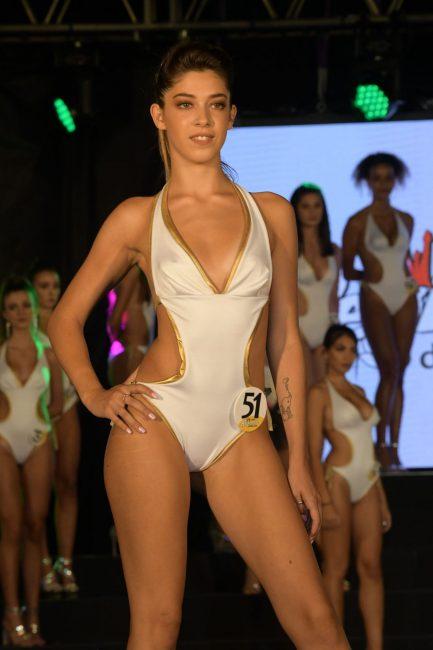 Giada-Imperio-18-anni-Fabriano-433x650