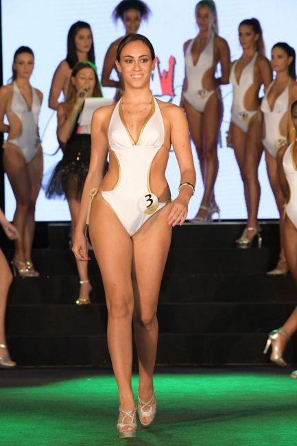 Sophia-Marinelli-20-anni-Ascoli-Piceno--433x650