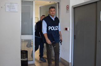 arresto_dipendente_comunale-DSC_0091--325x214