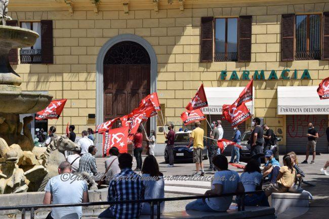 2giugno-presidio_comunista-DSC_0821--650x433