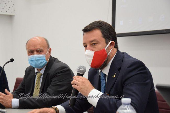 Salvini-Lega_del_Filo_dOro-DSC_0137--650x433