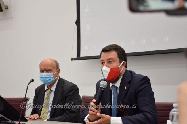 Salvini-Lega_del_Filo_dOro-DSC_0146--650x433