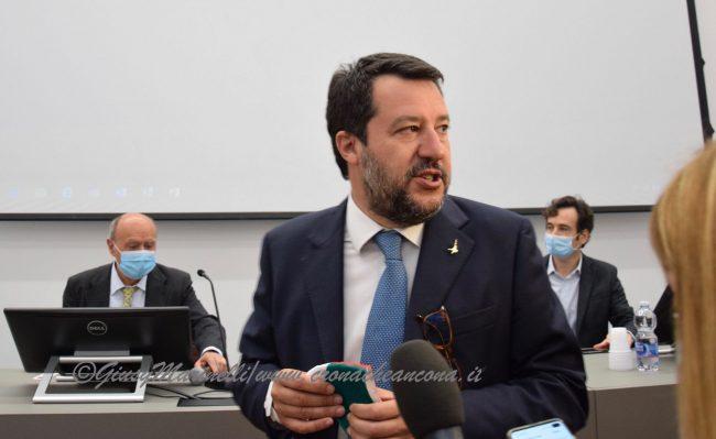 Salvini-Lega_del_Filo_dOro-DSC_0182--650x399