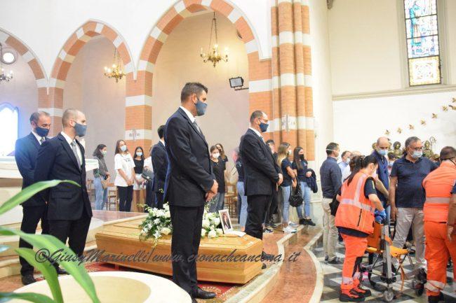 funerali_Fiorella_Scarponi-DSC_0580-650x433