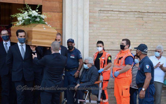funerali_Fiorella_Scarponi-DSC_0601-650x409