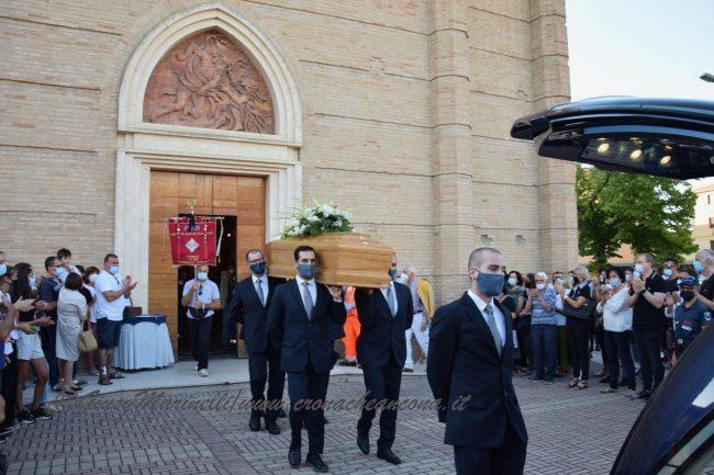 funerali_Fiorella_Scarponi-DSC_0609-650x433