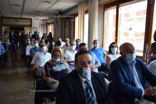 Acquaroli-sindaci-amministratori-DSC_0359--650x433
