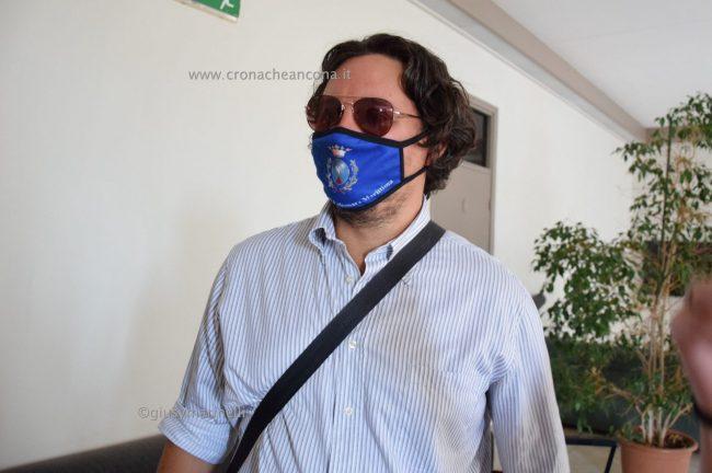 Acquaroli-sindaci-amministratori-DSC_0421-Giacanella--650x432
