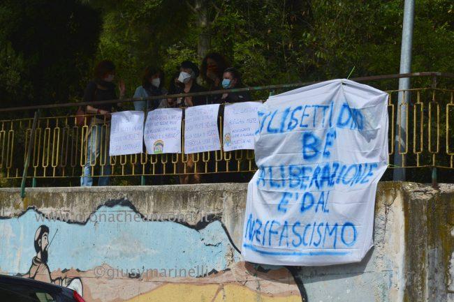 sit-in_studenti_vs_Filisettii-DSC_0189--650x433