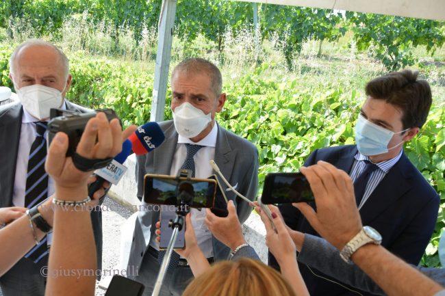 Costa-centro_vaccinale-Palaprometeo-DSC_0060-Saltamartini-Acquaroli--650x433
