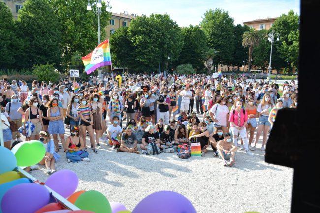Marche_Pride-DSC_0402--650x433