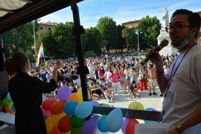 Marche_Pride-DSC_0438--650x433