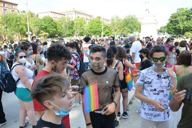 Marche_Pride-DSC_0500--650x433