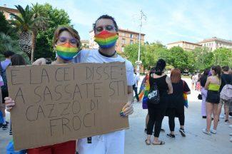 Marche_Pride-DSC_0514-Samuele--325x216