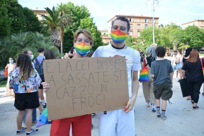 Marche_Pride-DSC_0518--650x433